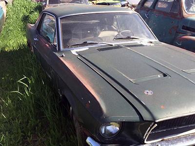 Mustang 289 ci verte avec le capot GT