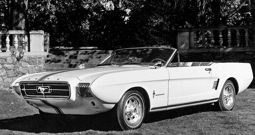 La Ford Mustang II 1963, un cabriolet 4 places