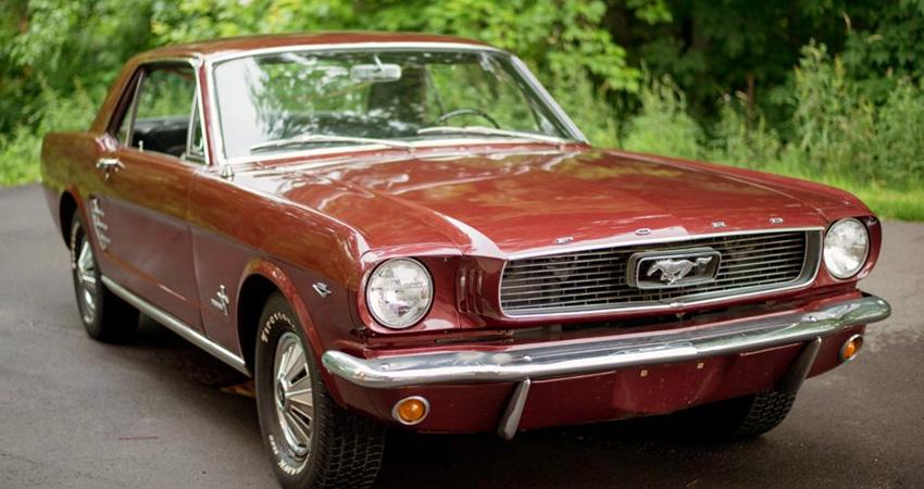 Restauration d'une Mustang 1966 289 ci sur Netflix